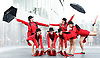 Acrobats from Spanish company Aracaladanza <br />