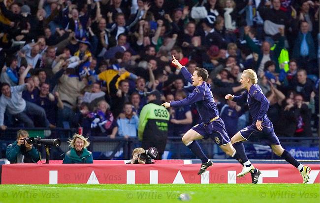 Scotland v France 7.10.2006: Gary Caldwell celebrates his goal.pic willie vass