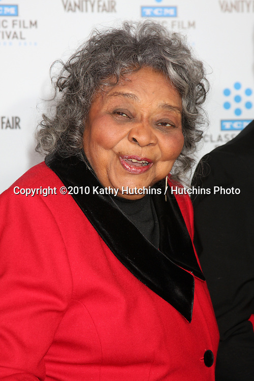 ".Juanita Moore.arrives at the ""A Star is Born"" Restored Print World Premiere , part of the Turner Classic Movie Channel Classic Movie Festival.Grauman'S Chinese.Los Angeles, CA.April 22, 2010.©2010 Kathy Hutchins / Hutchins Photo..."
