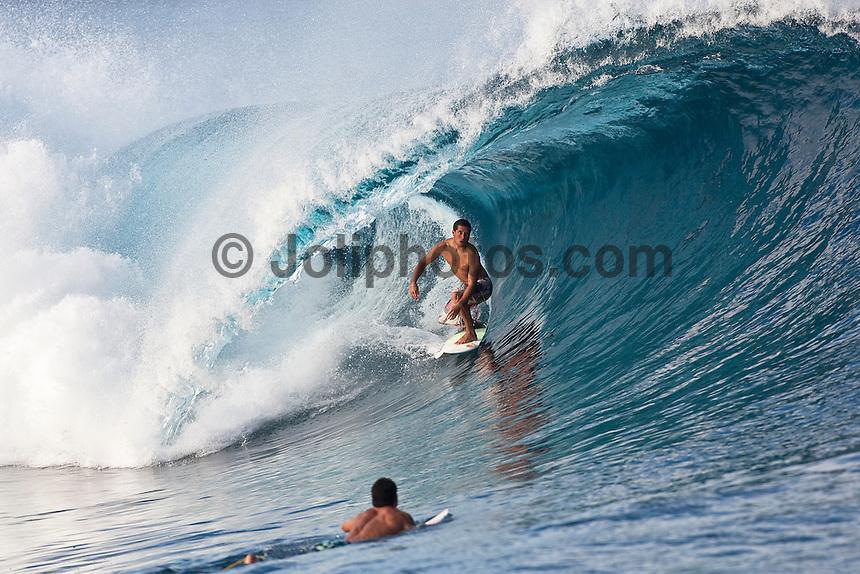 ADRIANO DE SOUZA (BRA) surfing at Teahupoo, Tahiti, (Thursday May 7 2009.) Photo: joliphotos.com