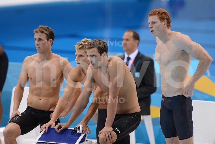 Olympia 2012 London   Aquatics Centre  29.07.2012 Die deutsche 4 x 100 Meter Freistil-Staffel nach dem Rennen.