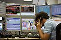 Trading room of a bank in Milan, August 8, 2011. © Carlo Cerchioli..Sala trader di una banca a Milano, 8 agosto 2011.