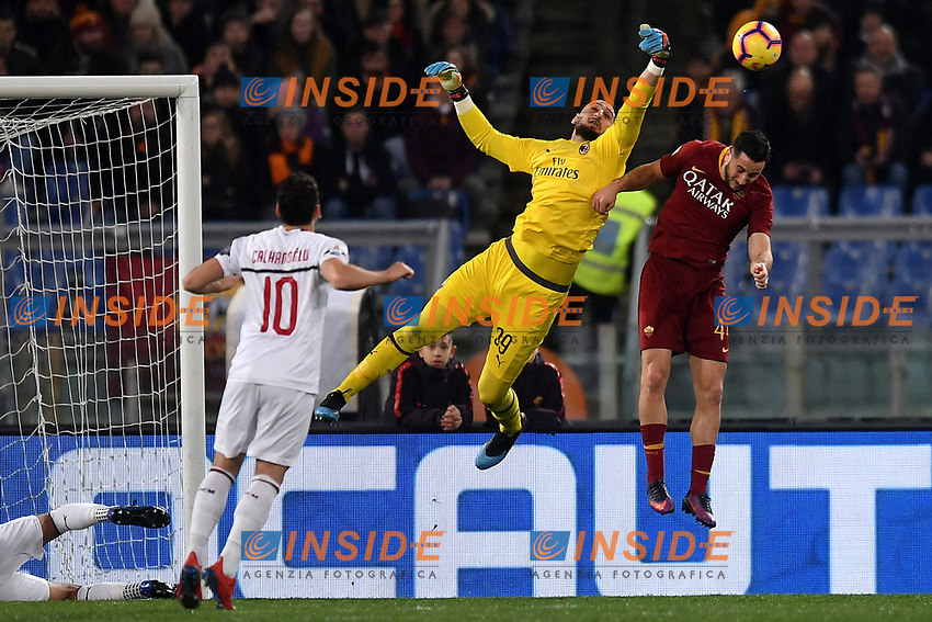 Gianluigi Donnarumma of AC Milan  saves on Kostas Manolas of AS Roma during the Serie A 2018/2019 football match between AS Roma and AC Milan at stadio Olimpico, Roma, February 3, 2019 <br />  Foto Andrea Staccioli / Insidefoto