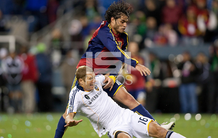 SEATTLE, WA--Real Salt Lake Fabian Espindola battles with LA Galaxy defender Gregg Berhalter during the MLS Cup championships at Qwest field in Seattle. SUNDAY, NOVEMBER 22, 2009. PHOTO BY DON FERIA.