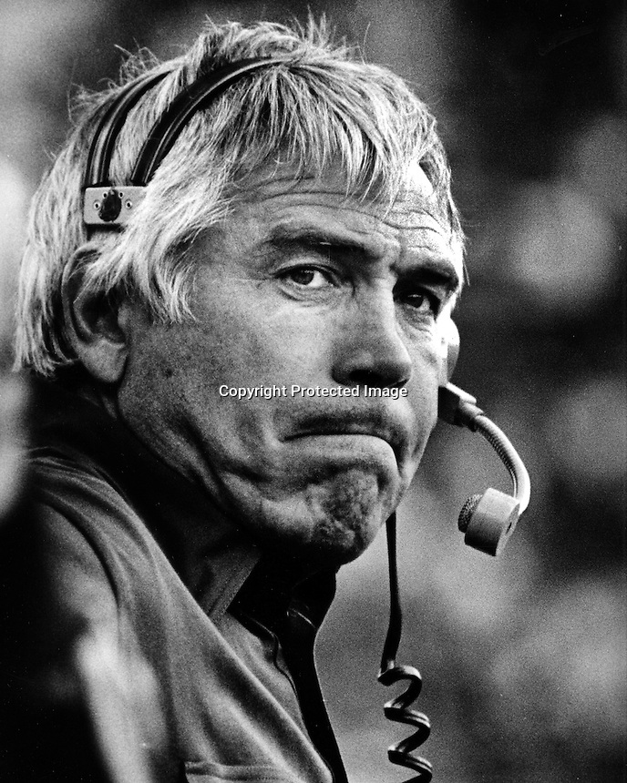 Joe Kapp coaching on the sideline for the University of California Golden Bears. (photo/Ron Riesterer)