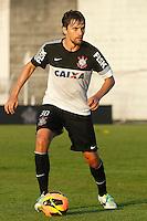 SAO PAULO, SP 11 JULHO 2013 - TREINO CORINTHIANS - O jogador Paulo ANdre do Corinthians, treinou na tarde de hoje, 11, no Ct. Dr. Joaquim Grava, na zona leste de São Paulo. FOTO: PAULO FISCHER/BRAZIL PHOTO PRESS