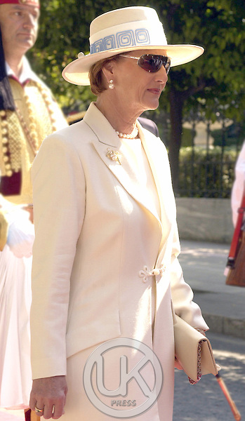 King Harald & Queen Sonja of Norway's State Visit to Greece..Welcome Ceremony at the Presidential Palace in Athens.