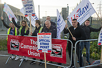 Members of the USDAW Trade Union at Tescos in Dagenham go on strike for better pay 18-5-18