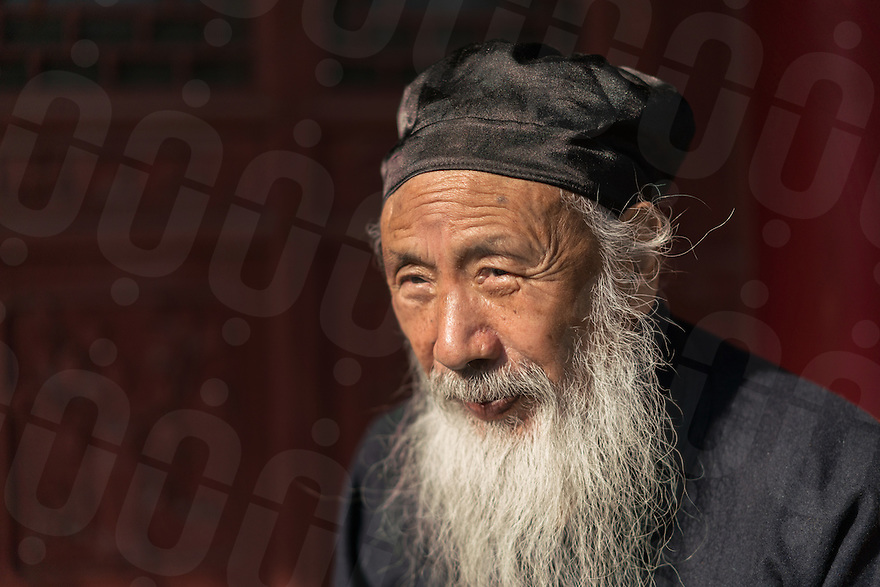 January 12, 2017 - Tayu village, Shaanxi (China). Ren Farong - one of the highest ranking Taoist master in China - poses for a portrait inside the courtyard of the Louguantai temple. © Thomas Cristofoletti / Ruom for Sixthtone