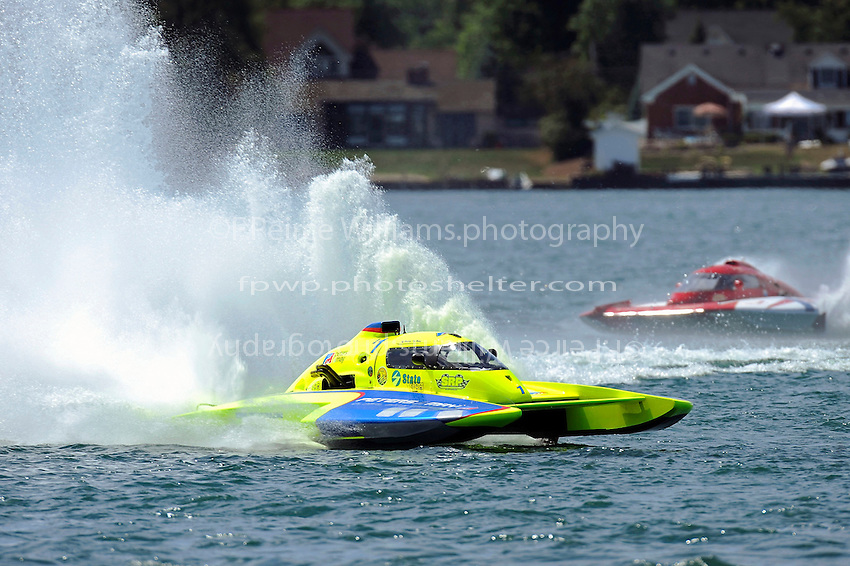 "Jeff Bernard, E-1 ""Miss Peters & May"" (5 Litre class hydroplane(s) and Tom English, E-75, ""The Investigator"""