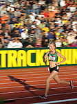 Shalane Flanagan runs during the women's 10,000 meter run at the U.S. Outdoor Track and Field Championships in Eugene, Oregon June 23, 2011.  REUTERS/Steve Dykes (UNITED STATES)