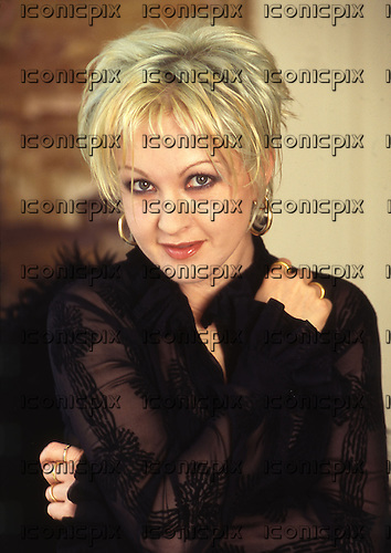 CYNDI LAUPER - 1996.  Photo credit: George Bodnar Archive/IconicPix