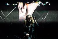 CIUDAD DE MEXICO, D.F. 13  Marzo.-  El cantante Robert Plant durante el festival Vive Latino 2015 en el Foro Sol de la Ciudad de México. el 13 de Marzo de 2015.  FOTO: ALEJANDRO MELENDEZ