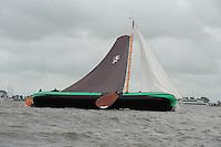 ZEILEN: TERHERNE: Snitser Mar, SKS skûtsjesilen, skûtsje Leeuwarden, ©foto Martin de Jong