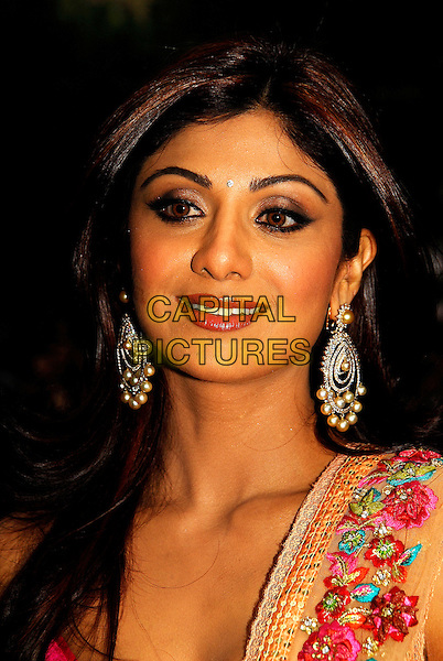 "SHILPA SHETTY.""Life In A ... METRO"" world premiere at the Empire Leicester Square, London, England..May 8th, 2007.headshot portrait dangling diamond pearl earrings bindi jewellery jewelry .CAP/IA.©Ian Allis/Capital Pictures"