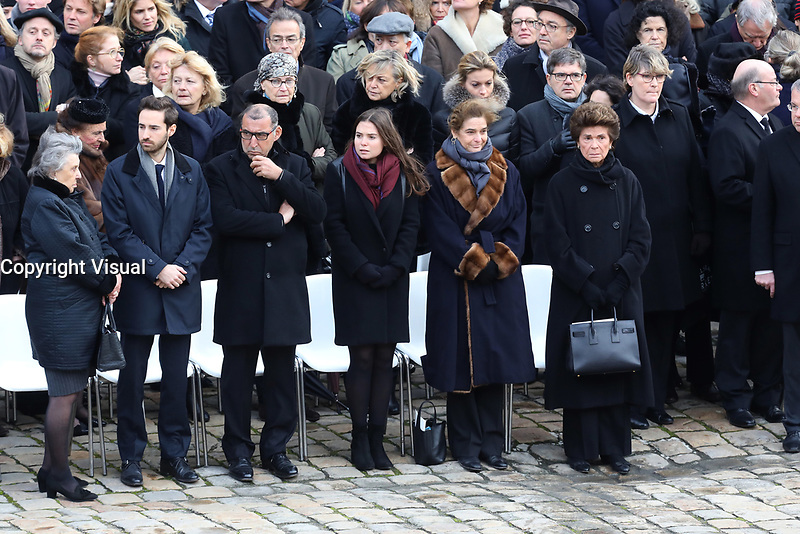 Sa fille Heloise d'Ormesson et la famille - Hommage National ‡ JEAN D'ORMESSON - 08/12/2017 - Hotel des Invalides - Paris - France