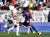 Rayo Vallecano's Javi Fuego (l) and Real Valladolid's Manucho during La Liga  match. February 24,2013.(ALTERPHOTOS/Alconada)