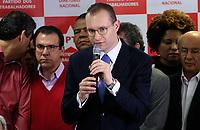 S&Atilde;O PAULO,SP, 13.07.2017 - LULA-SP - O advogado, Cristiano Zanin, durante coletiva do ex-presidente Luiz Inacio Lula da Silva na sede do Partido dos Trabalhadores (Pt), no centro de S&atilde;o Paulo na manh&atilde; desta quinta-feira (13).<br /> <br /> (Foto: Fabricio Bomjardim / Brazil Photo Press)