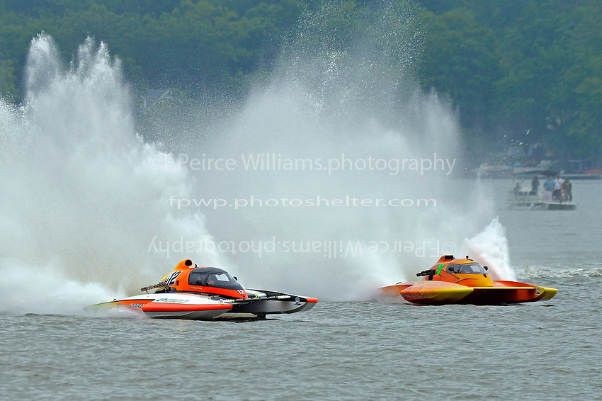 "Jimmy King, E-12 ""Pleasure Seekers"" , Patrick Haworth, E-79 ""Bad Influence"" (5 Litre class hydroplane(s)"