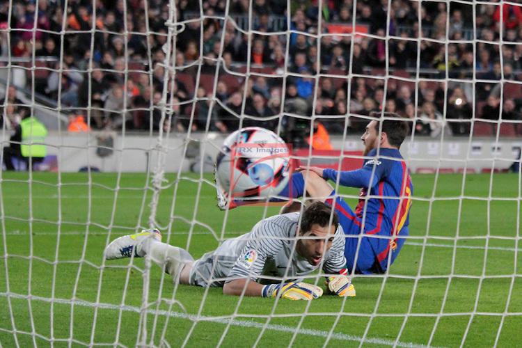 Copa del Rey 2016/2017 - 1/8 final vuelta.<br /> FC Barcelona vs Athletic Club: 3-1.<br /> Lionel Messi vs Iraizoz.