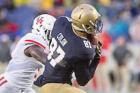 Annapolis, MD - OCT 8, 2016: Navy Midshipmen wide receiver Brandon Colon (87) catches a touchdown late in the fourth quarter during game between Houston and Navy at Navy-Marine Corps Memorial Stadium Annapolis, MD. The Midshipmen upset #6 Houston 46-40. (Photo by Phil Peters/Media Images International)