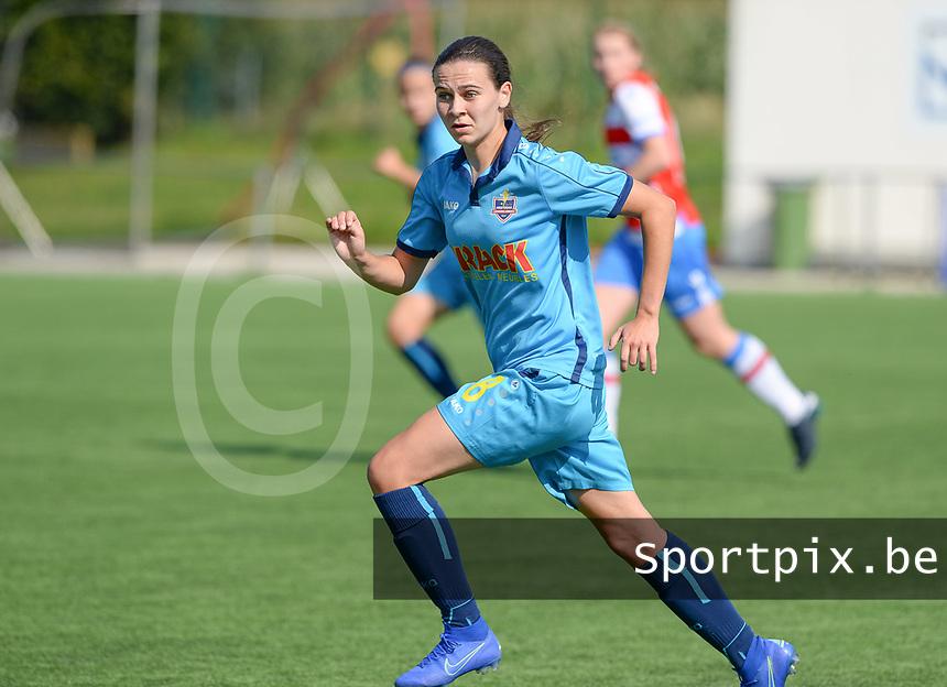 Famkes Westhoek Merkem Diksmuide - Club Brugge Dames A :  Angelique Veracx<br /> Foto David Catry   VDB   Bart Vandenbroucke