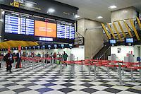 SAO PAULO, SP, 04.06.2014 - MOVIMENTACAO AEROPORTO DE CONGONHAS - Movimentacao na aera de check-in na manha desta quarta-feira no aeroporto de Congonhas na regiao sul da cidade de Sao Paulo. (Foto: Vanessa Carvalho / Brazil Photo Press).