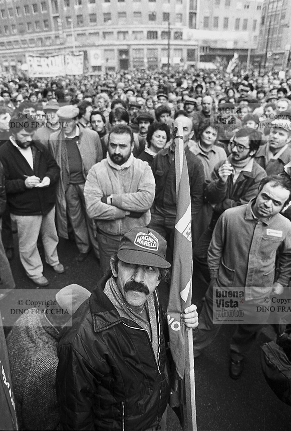 - sciopero generale contro i licenziamenti a Milano (1984) ....- general strike against the dismissals in Milan (1984)