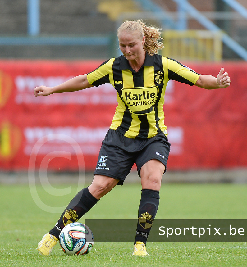 20150514 - BEVEREN , BELGIUM : Lierse's Dominique Vugts pictured during the final of Belgian cup, a soccer women game between SK Lierse Dames and Club Brugge Vrouwen , in stadion Freethiel Beveren , Thursday 14 th May 2015 . PHOTO DAVID CATRY