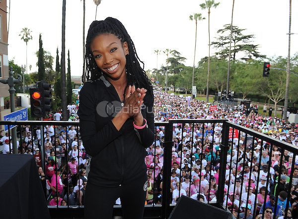 LOS ANGELES - MAY 10:  Brandy at the 21st Annual EIF Revlon Run/Walk For Women at Los Angeles Memorial Coliseum at Exposition Park on May 10, 2014 in Los Angeles, California.  PGMicelotta/MediaPunch