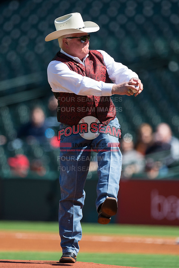 Texas Agriculture Commissioner Sid Miller throws out the first pitch prior to the NCAA baseball game between the Houston Cougars and the Texas Tech Red Raiders at Minute Maid Park on February 26, 2016 in Houston, Texas.  The Red Raiders defeated the Cougars 3-2.  (Brian Westerholt/Four Seam Images)