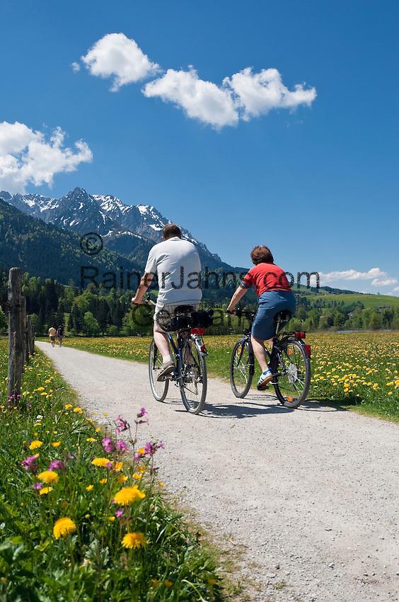 Austria, Tyrol, Kaiserwinkl, Walchsee: holiday resort at Lake Walchsee and Zahmer Kaiser mountain