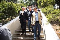 SÃO PAULO, SP, 10.02.2017 - REVITALIZAÇÃO SP -O prefeito João Dória, ao lado do vice-prefeito Bruno Covas e familiares de Daher Elias Cutait participam da entrega das obras de revitalização do túnel na Avenida 9 de Julho, parte do projeto Cidade Linda, na tarde desta sexta-feira, 10, no bairro Bela Vista, região cental de São Paulo. (Foto: Ciça Neder / Brazil Photo Press)
