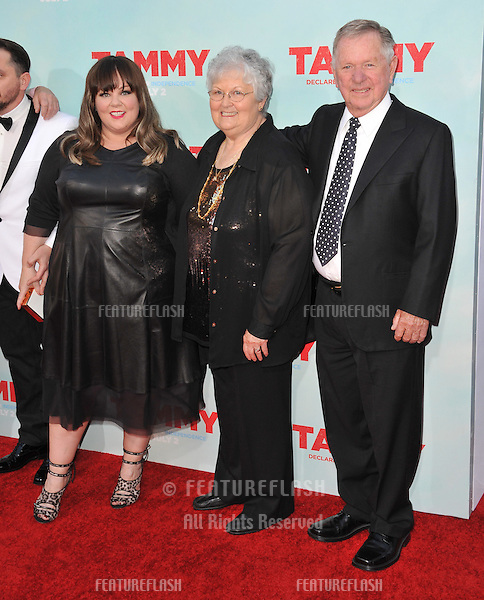 Melissa McCarthy &amp; parents at the premiere of her movie &quot;Tammy&quot; at the TCL Chinese Theatre, Hollywood.<br /> June 30, 2014  Los Angeles, CA<br /> Picture: Paul Smith / Featureflash