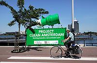 Nederland- Amsterdam - 2020. Project Clean Amsterdam.  Foto mag niet in negatieve context worden gepubliceerd.  Foto Berlinda van Dam / Hollandse Hoogte