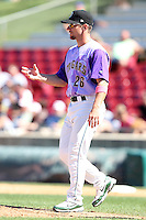 Kane County Cougars manager Aaron Nieckula during a game vs. the Peoria Chiefs at Elfstrom Stadium in Geneva, Illinois August 15, 2010.   Peoria defeated Kane County 8-4.  Photo By Mike Janes/Four Seam Images
