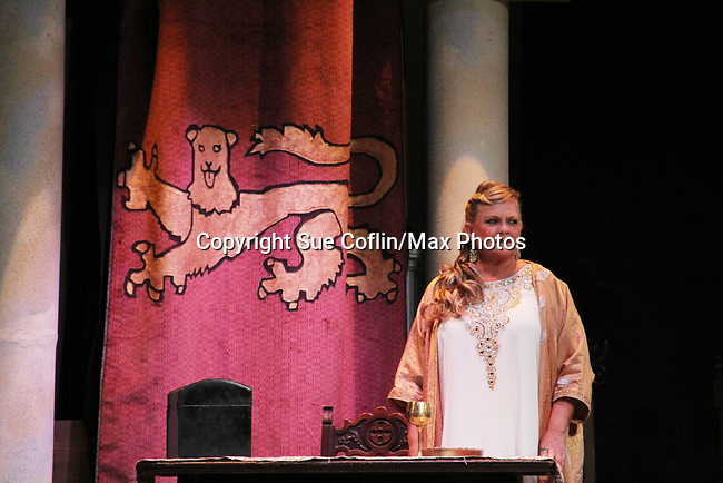 """Guiding Light's Kim Zimmer stars in """"Lion in the Winter"""" as Queen Eleanor July 25 through August 6 - this being the Dress Rehearsal at The Barn Theatre, Augusta, Michigan. (Photo by Sue Coflin/Max Photos)"""