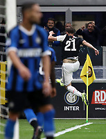 Calcio, Serie A: Inter Milano - Juventus, Giuseppe Meazza stadium, October 6 2019.<br /> Juventus' Gonzalo Higuain (r) celebrates after scoring during the Italian Serie A football match between Inter and Juventus at Giuseppe Meazza (San Siro) stadium, October 6, 2019.<br /> UPDATE IMAGES PRESS/Isabella Bonotto