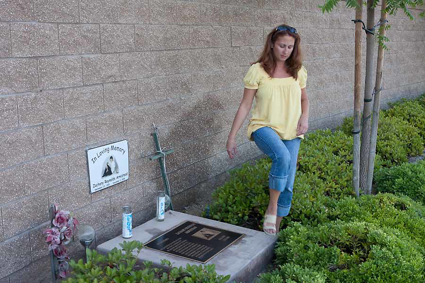 Kimberly Libecki joined the Mothers of an Angels support group after her son, Zachary died while riding his skateboard. Zachary died suddenly when he rode into oncoming traffic. The monumunet marks the intersection where he died.