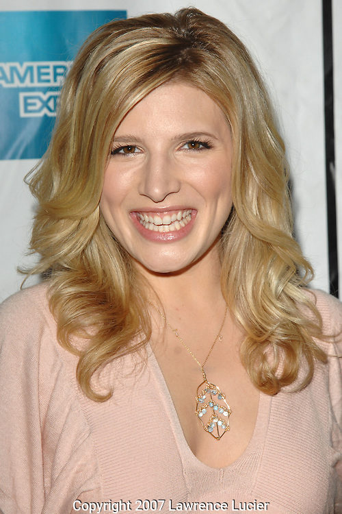 """Actress Kate Albrecht arrives at the premiere of """"Taking 5"""" April 28, 2007, at AMC 34th Street during the Tribeca Film Festival in New York City. (Pictured : KATE ALBRECHT)."""