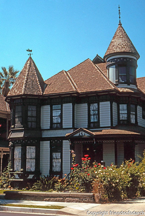 Los Angeles: Helm House, 1320 Carroll Ave., Angelino Heights, 1887-88. Photo '04.