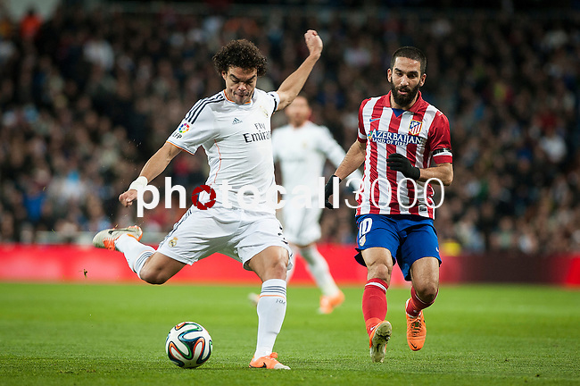 Santiago Bernabeu. Madrid. Spain. 05.02.2014. Football match between Real Madrid and Atletico de Madrid. Pepe.