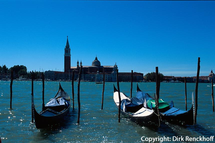 Gondeln vor San Giorgio Maggiore, Venedig, Italien, Unesco-Weltkulturerbe