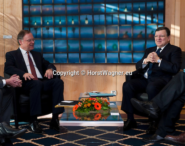 Brussels-Belgium - February 11, 2014 -- José (Jose) Manuel DURAO BARROSO (ri), President of the European Commission, receives Stephan WEIL (le), Minister-President of Lower Saxony and acting President of the Bundesrat (second German Chamber) -- Photo: © HorstWagner.eu