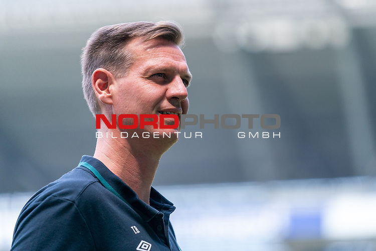 Tim Borowski (Co-Trainer SV Werder Bremen)<br /> <br /> <br /> Sport: nphgm001: Fussball: 1. Bundesliga: Saison 19/20: 34. Spieltag: SV Werder Bremen vs 1.FC Koeln  27.06.2020<br /> <br /> Foto: gumzmedia/nordphoto/POOL <br /> <br /> DFL regulations prohibit any use of photographs as image sequences and/or quasi-video.<br /> EDITORIAL USE ONLY<br /> National and international News-Agencies OUT.