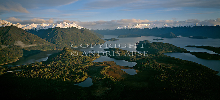 Lake Manapouri. Fiordland National Park. New Zealand.