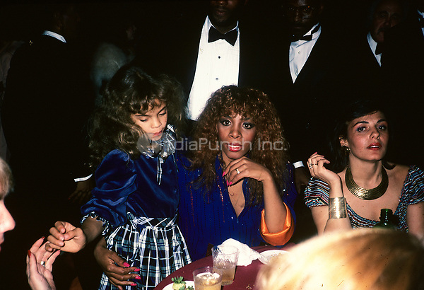 Donna Summer pictured with her daughter, Mimi in Los Angeles in 1982.  © Nancy Barr  / MediaPunch