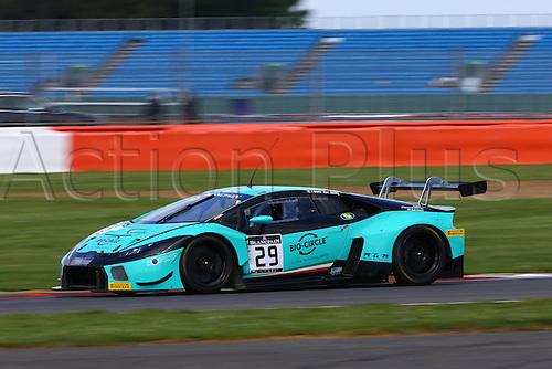 14.05.2016. Silvertone Circuit, Nathants, England. Blancpain Endurance GT Series motor racing.  #29 KONRAD MOTORSPORT (DEU) LAMBORGHINI HURACAN GT3 CHRISTOPHER ZOCHLING (DEU) JULES GOUNON (FRA) DANIEL CAMMISH (GBR)