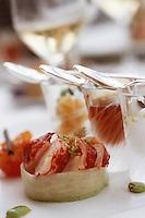 """Europe/France/Bretagne/29/Finistère/Sainte Anne La Palud: Rosace de homard et pilpil de bie aux agrumes - Recette d'Hervé Panchoud, chef de """"L'Hotel de la Plage"""""""