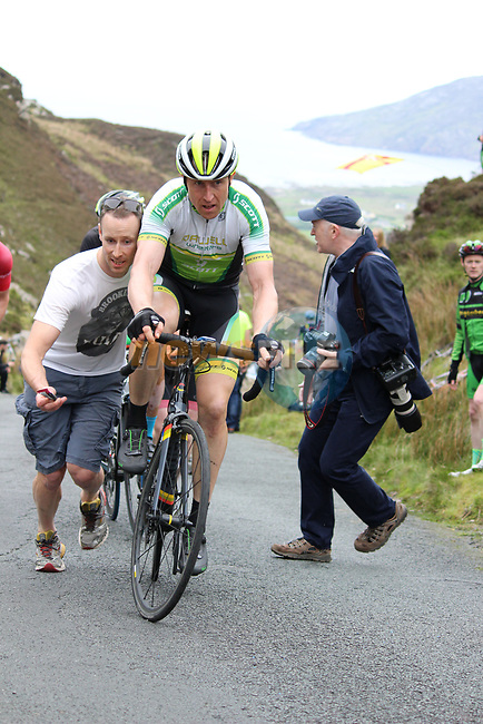 Dublin Orwell Scott rider receives a welcome hand on the first Cat 1 climb Mamore Gap during Stage 4 of the 2017 An Post Ras running 151.8km from Bundoran to Buncrana, Ireland. 24th May 2017.<br /> Picture: Andy Brady | Cyclefile<br /> <br /> <br /> All photos usage must carry mandatory copyright credit (&copy; Cyclefile | Andy Brady)